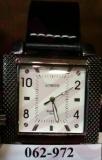 Часы LUNDUO 903 муж.рем/квадр/риф.рамка/ц-ры