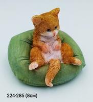 Кот на подушке 15390