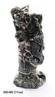 Мраморная крошка Баба Яга в ступе